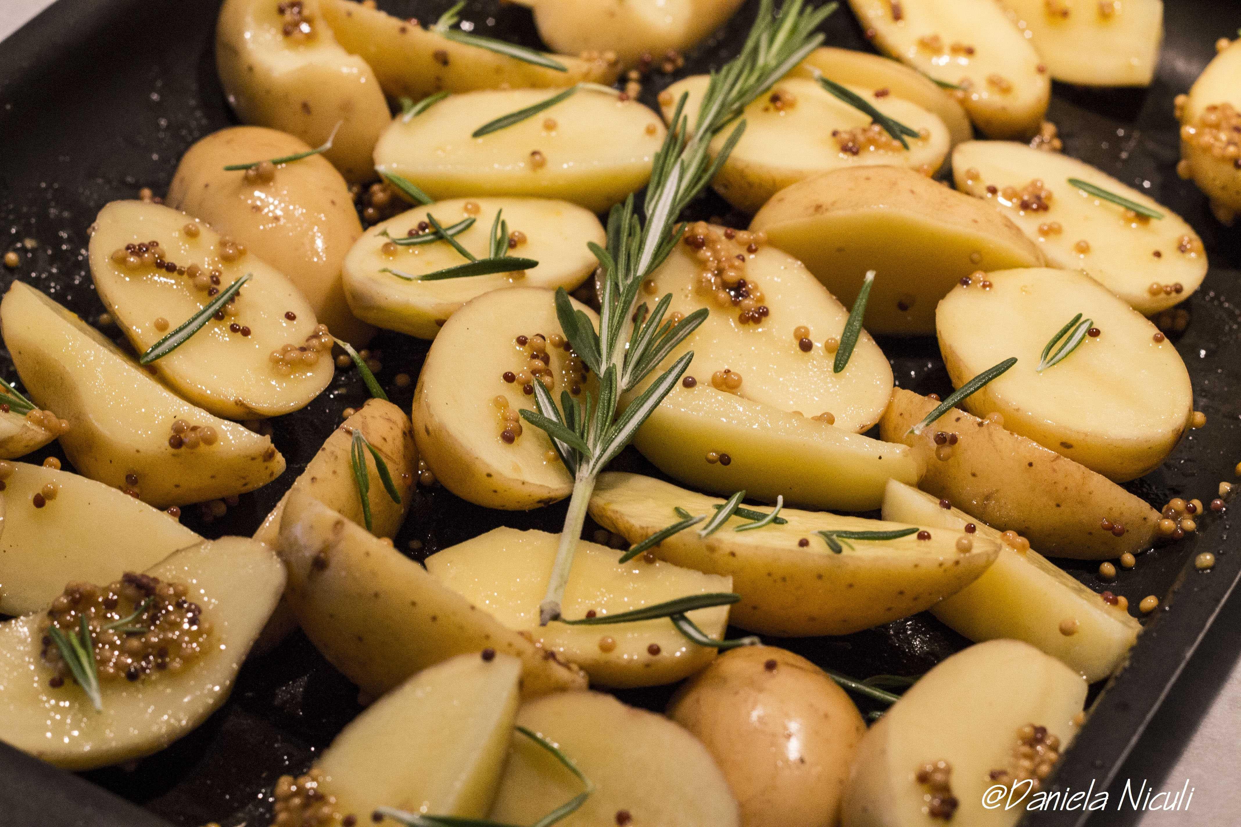 Cartofi cu rozmarin