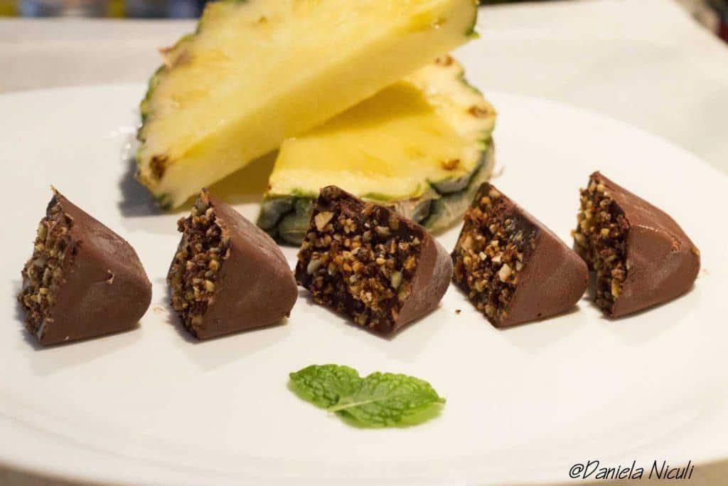 ciocolata raw cu migdale