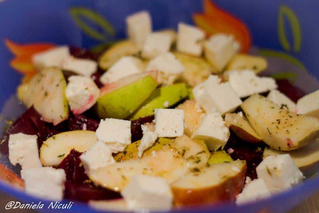 salata de sfecla cu pere