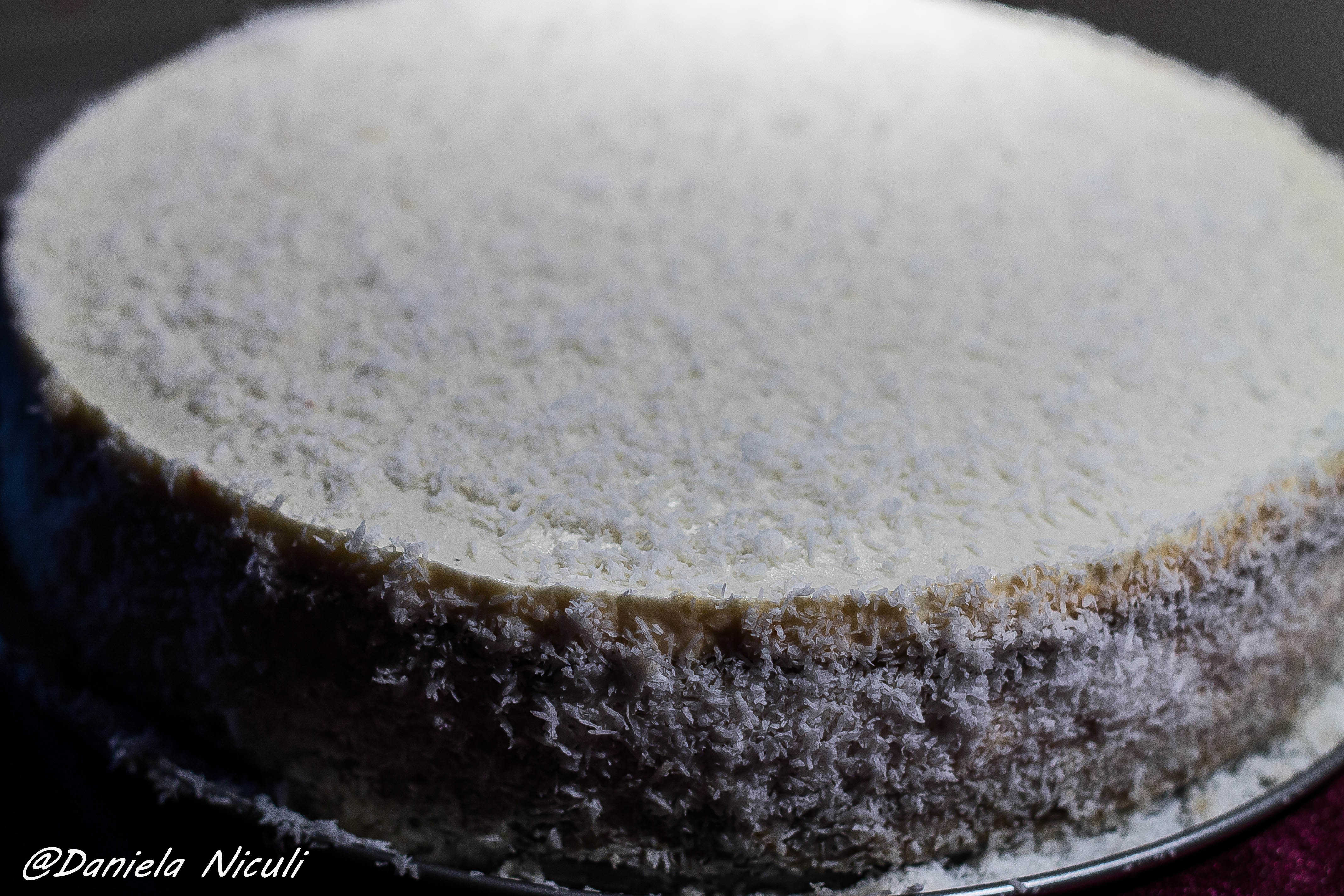 cheesecake cu mango si cocos
