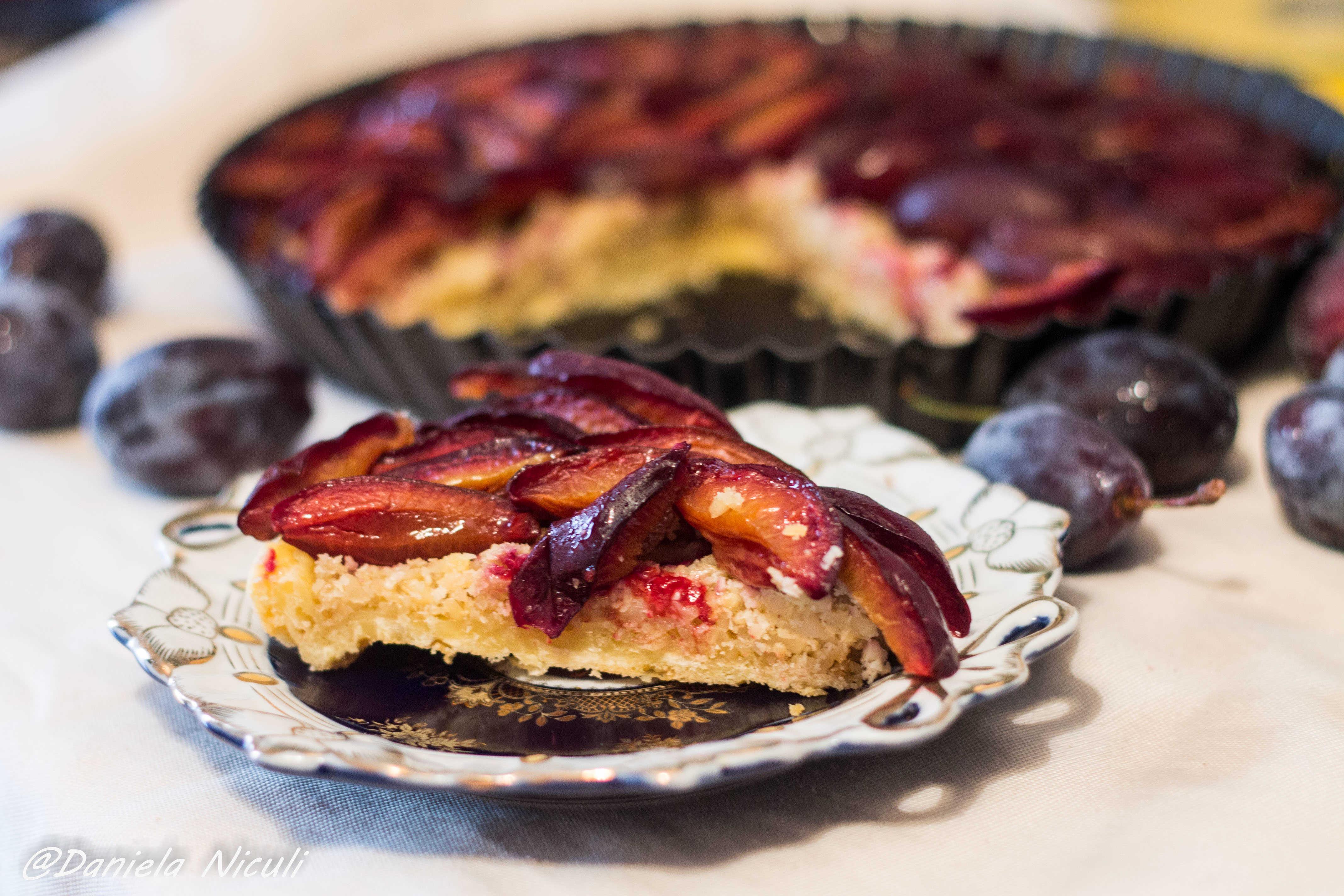 tarta cu prune si caju