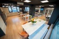 Evenimente și petreceri culinare. Kuxa Events, bucătăria  complet utilată în care poți aduce până la 40 de invitați