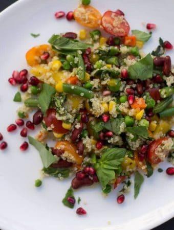 salata mexicana cu quinoa